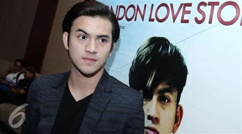 pemeran utama film london love story rizky nazar tersanjung jadi pemeran utama di london love