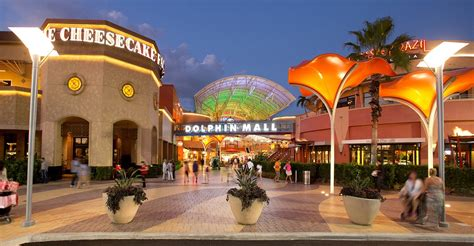 imagenes dolphin mall miami best mall food court dolphin mall food and drink