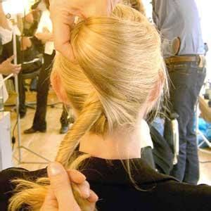 diy upstyle hairstyles hair how tos 5 chic diy updos to try more com