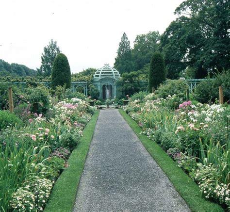 Westbury Botanical Gardens Westbury Botanical Gardens Westbury Court Charlecote Park And Oxford Botanic Gardens Triad