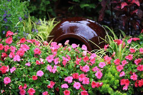 diy spilling flower pot  spill joy   garden