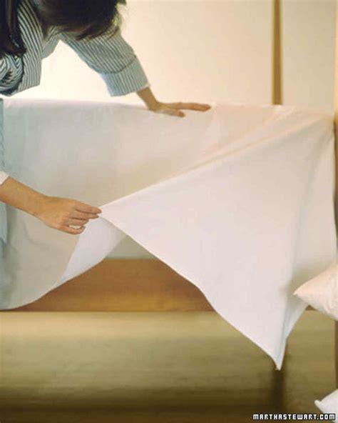 making a bed make a bed video martha stewart