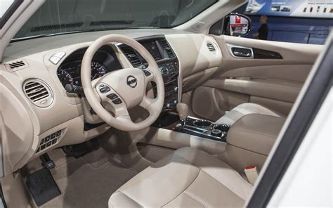 2014 Nissan Pathfinder Interior by 2014 Nissan Pathfinder Hybrid 2013 New York Auto Show