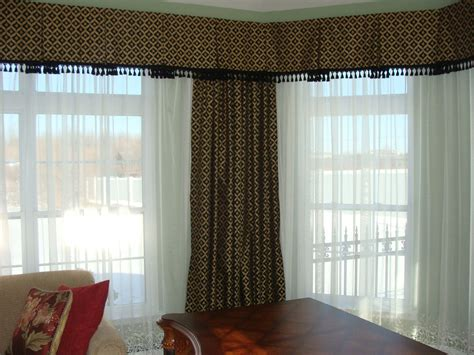 Curtain Box Valance Box Pleat Valance For A Great Look Drapery Room Ideas
