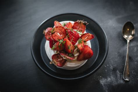 tom kitchins meat and tom kitchin recipe pavlova with strawberries scotsman food and drink