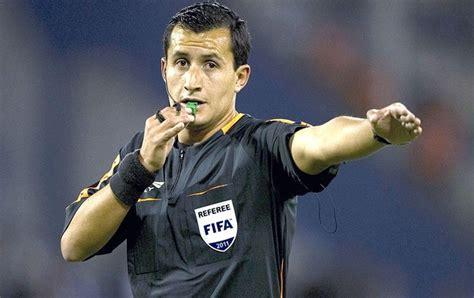 fifa escala 225 rbitro chileno para semifinal entre brasil e