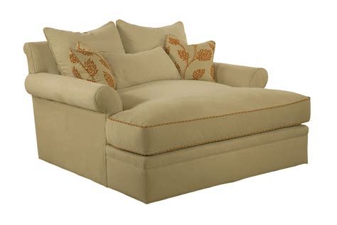 highland house couch 986 60 claire chaise