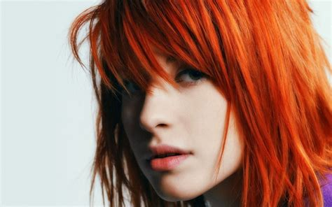 Color Palettes by Paramore S Hayley Williams Teams With Mac For New