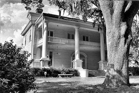 haunted houses in sc 15 terrifying haunted places in south carolina