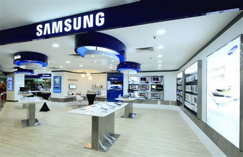 Samsung Electronics by Samsung Electronics Malcolm Wine Travel