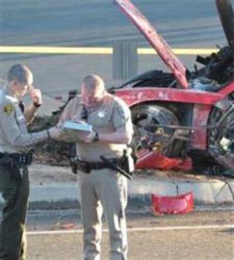 imagenes asombrosos accidentes detienen a un muchacho por robar piezas del coche donde