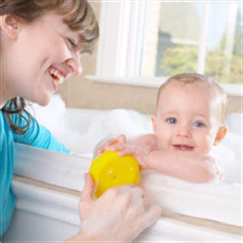 mama se bana parabdeapues dormirse hijo se la folla cuidados a la hora del ba 241 o