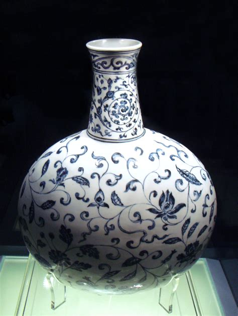 images of pottery file blue and white vase jingdezhen ming yongle 1403 1424