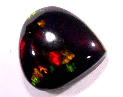0 90 Cts Black Opal Jarong 0 90 cts smoked opal z45
