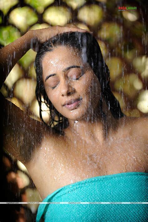tamil actress bathroom scene gt priyamani bath scene
