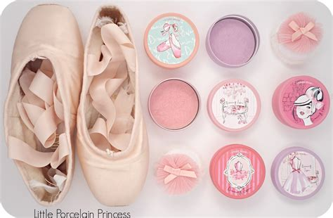 Etude House Dreaming Swan Eye Cheek 1 Blush On Makeup porcelain princess review and giveaway etude house dreaming swan eye and cheek