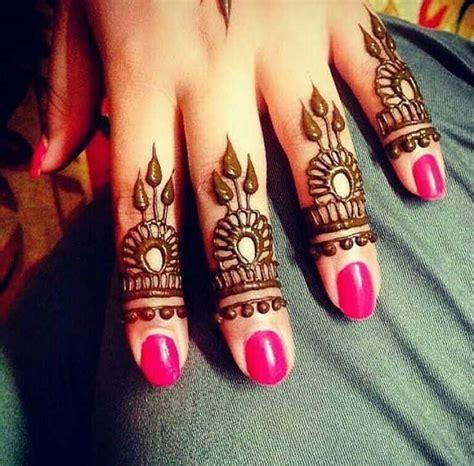 finger images designs top 15 mehndi designs for fingers livinghours