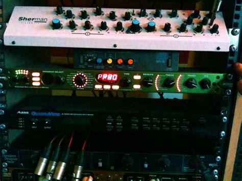 Line 6 Rack Delay by Line 6 Echo Pro Image 492382 Audiofanzine