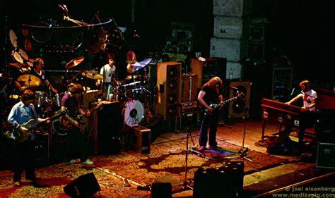 grateful dead rug grateful dead warfield concert photos