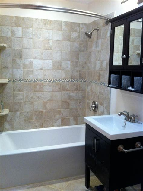 Remodeled Bathrooms Ideas Best 20 Small Bathroom Remodeling Ideas On Pinterest