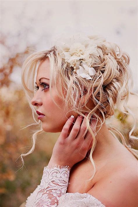 how to do the country chic hairstyle from covet fashion ehow country wedding country boho wedding 1985995 weddbook