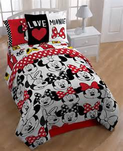 Minnie Mouse Twin Bedding Set Disney S Minnie Mouse Quot Who Quot Twin Full Comforter Set Bed
