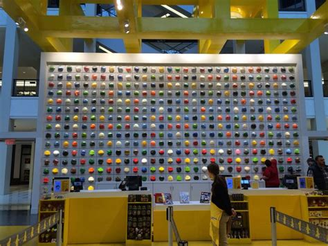 layout of the mall of america lego store in mall of america places where i would like