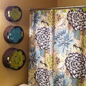 bathroom towel storage baskets hang up circular baskets on the bathroom wall and put