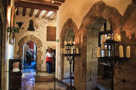 Interior Decorated Rooms - leeds castle a beautiful little palace traveldigg com