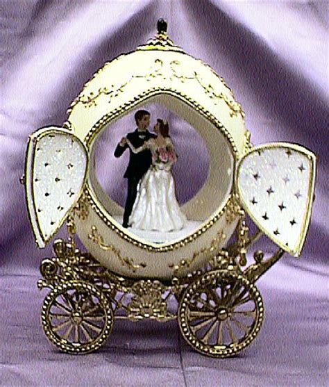 personalized unique wedding giftsWedWebTalks   WedWebTalks