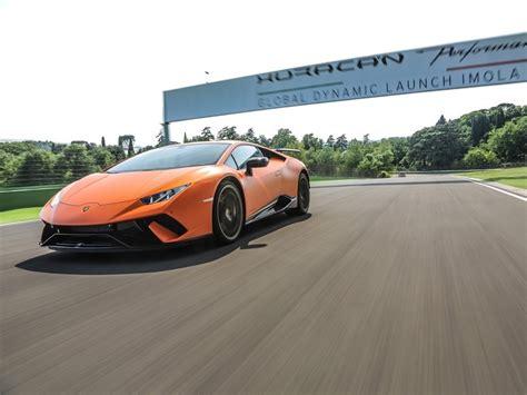 Lamborghini Gewinnen by Lamborghini Media Center