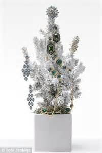 Ice ice baby! Spoil someone this Christmas with some decadent decorations for their jewellery