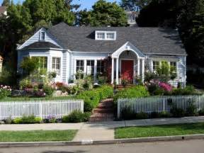 hgtv help landscaping tips that can help sell your home hgtv