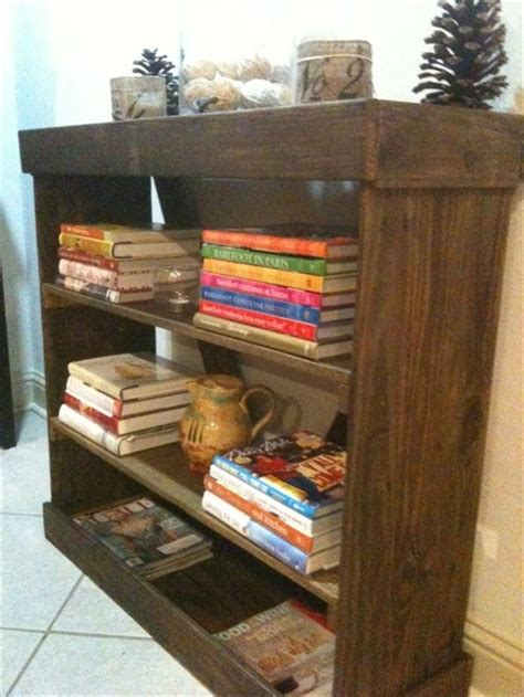 wood pallet bookshelf 28 images pallet wood bookshelf