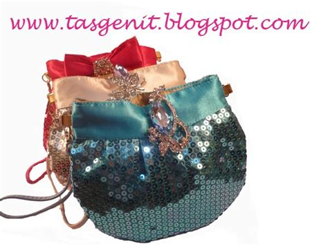 Ready Stock Bunny Clutch Dompet december 2010