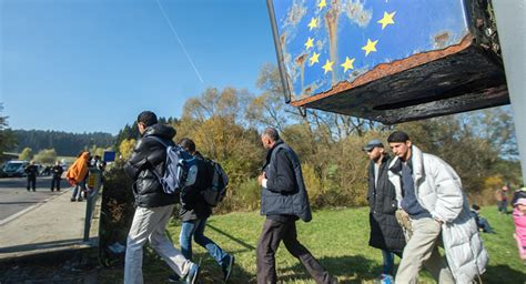 migrant crisis unhcr warns europe germany warns east eu states may refugee crisis