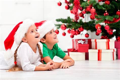 child and petprof xmas tree fondos y postales de navidad de ni 241 os fondos de pantalla y mucho m 225 s