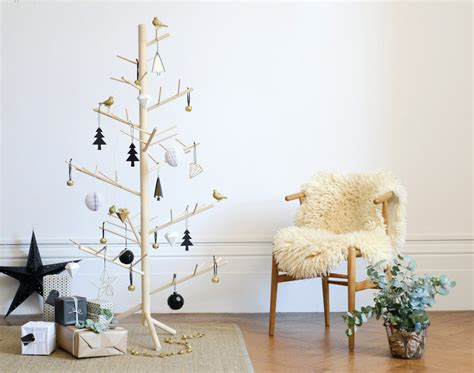 branch contemporary wooden christmas tree