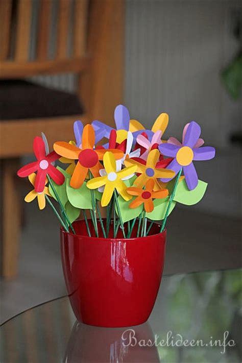 Basteln Mit Papier Blumen 3504 by Papierblumen Als Deko Basteln