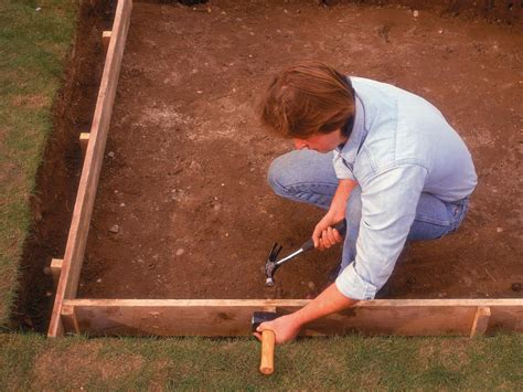How To Lay Concrete Patio by How To Lay A Concrete Pad How Tos Diy