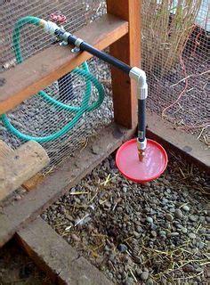 sistola da giardino abbeveratoio per galline collegato alla sistola dell acqua