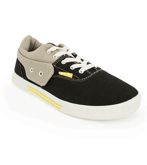fila black canvas shoes price in india buy fila black