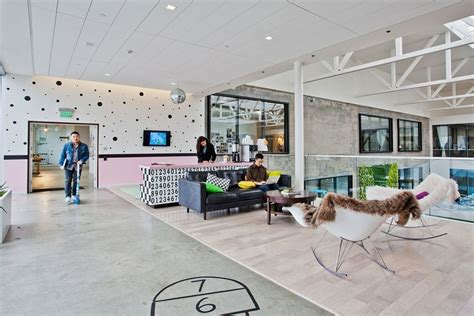 best airbnb san francisco inside airbnb s beautiful san francisco headquarters