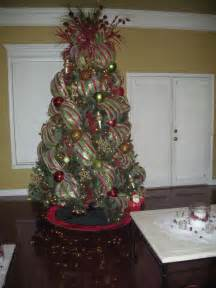 best 25 mesh christmas tree ideas on pinterest origin