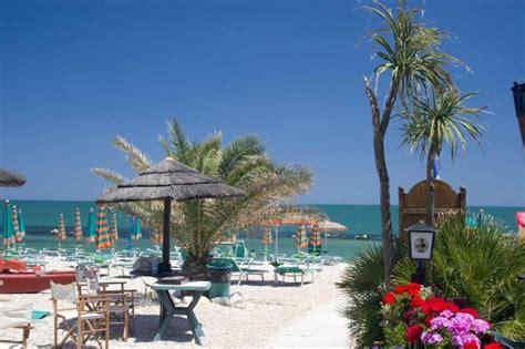 hotel porto recanati 2 stelle hotel enzo porto recanati marche prezzi 2018 e recensioni