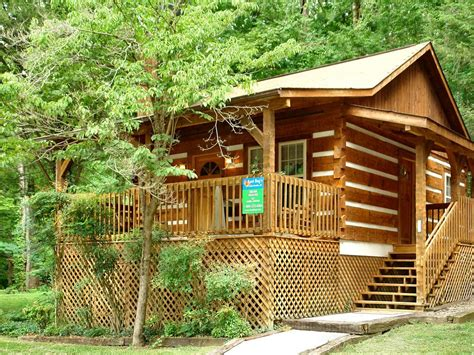 1 bedroom cabin gatlinburg 1 bedroom cabin within walking distance to downtown
