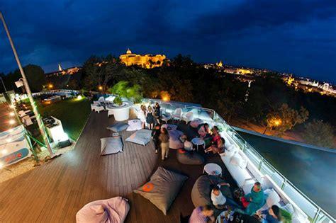 tip top bar budapest bulizzunk a tetőn dekooder st 237 lusra hangolunk