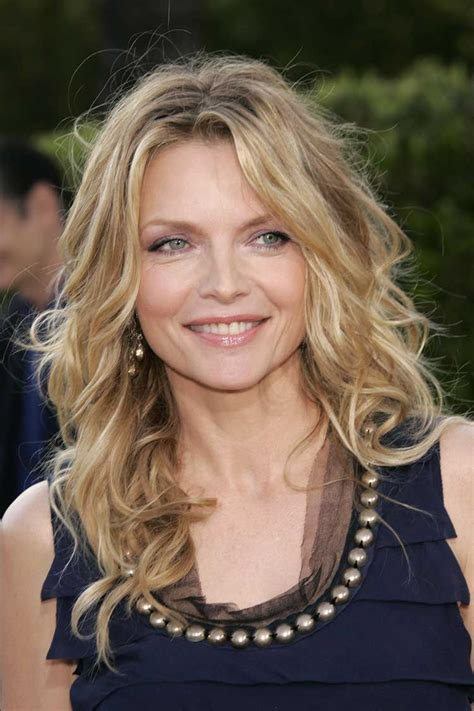 hairstyles for 56 year old woman fine hair michelle pfeiffer 2014 at 56 years old actress