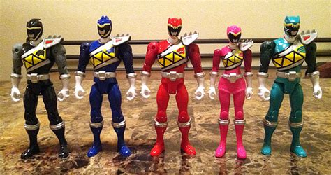 Mainan Power Ranger 5 Dino 28374 power rangers dino charge review 5 figures
