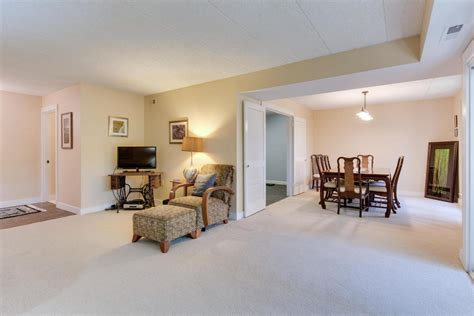 living room realty gorgeous condo for sale in alexandria virginia js